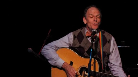 Livingston Taylor is passionately singing at the ClubMAC Playhouse Theater at the College of DuPage on Nov. 14, 2014.