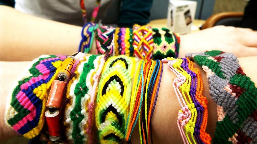 Pulsera+bracelets+that+are+being+sold+in+the+offices+of+Student+Life+at+the+College+of+DuPage+on+Feb.+23.+