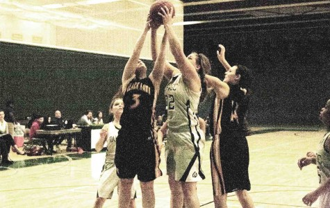 Women's basketball breaks loss streak