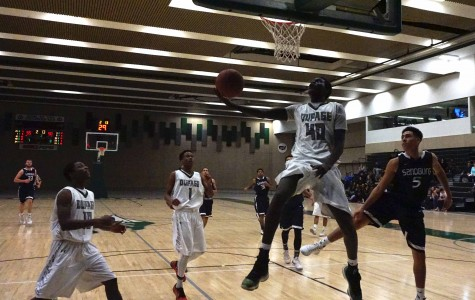 Chaparral men's basketball defeats Carl Sandburg in a close game