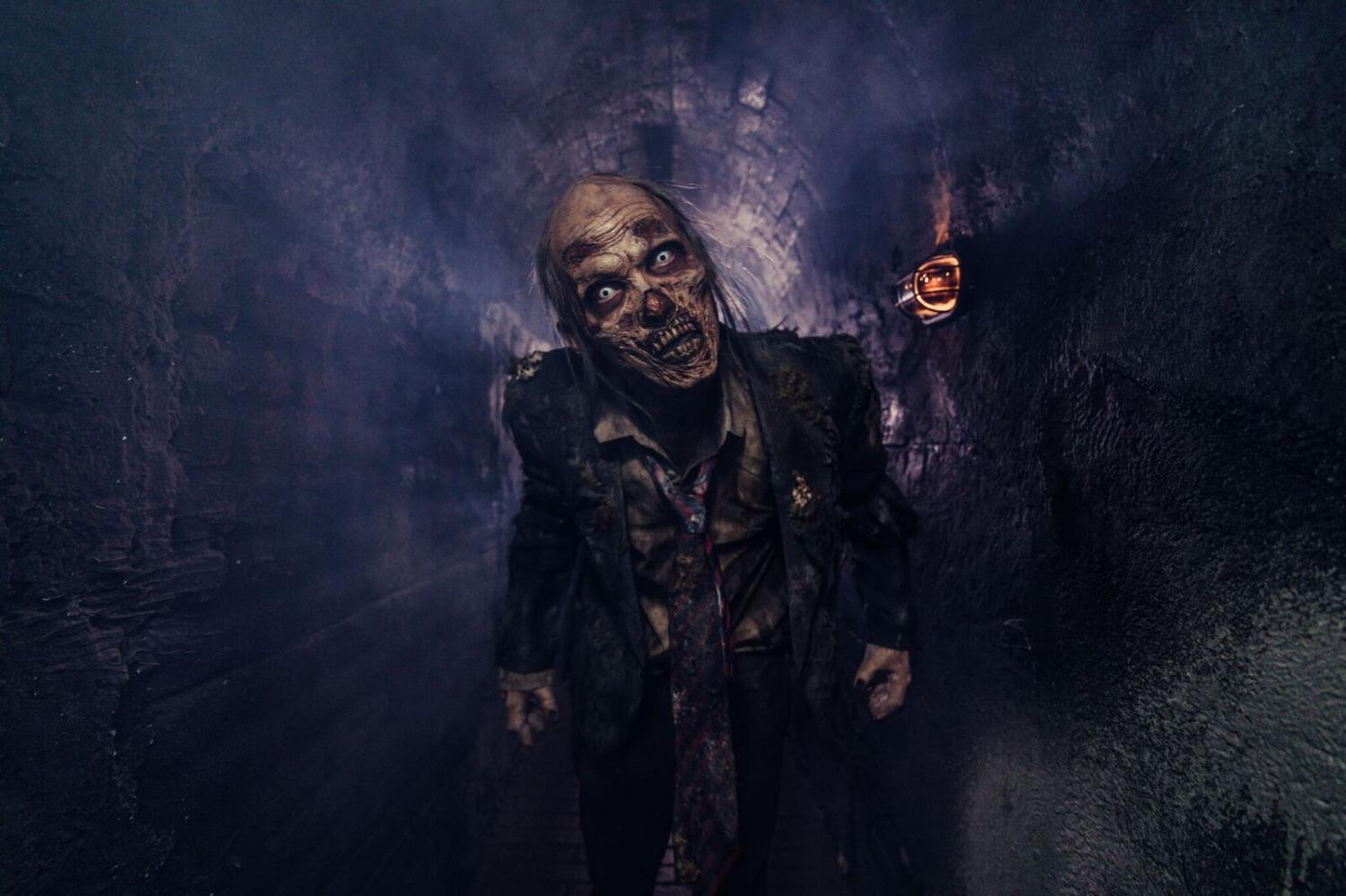 Actor from the House of Torment haunted attraction.