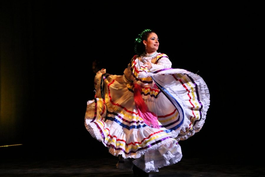 Ballet+Folklorico+Quetzalcoatl+performs+at+the+celebration+of+the+upcoming+Frida+Kahlo+exhibit%2C+coming+to+COD+in+the+summer+of+2020.+